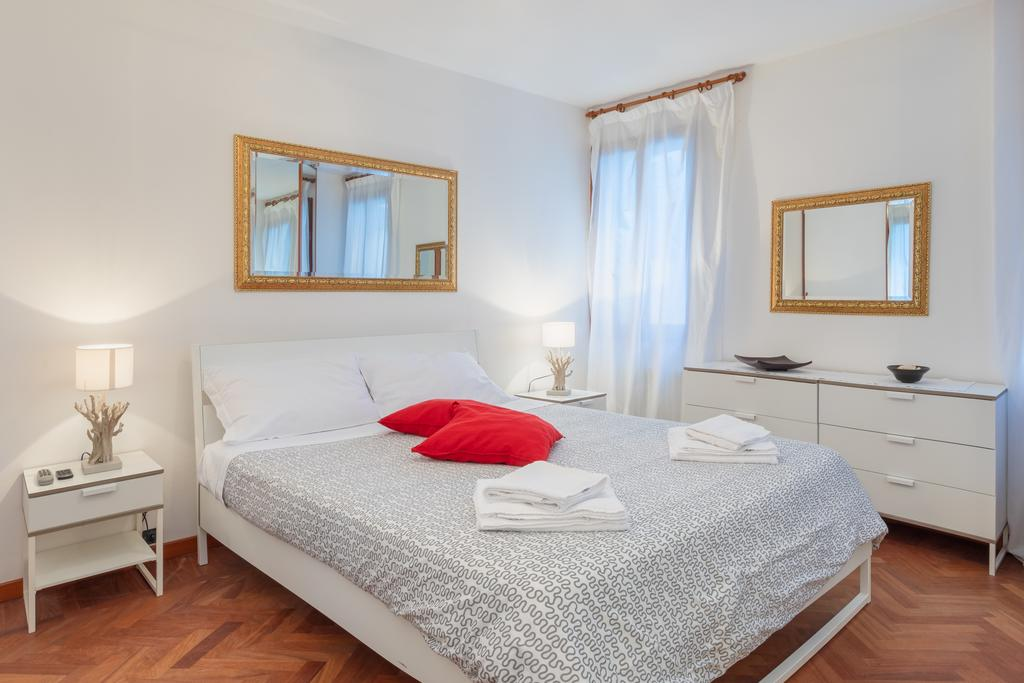 Hotel Apartment Calle Furlani Near Venice San Marco Venise