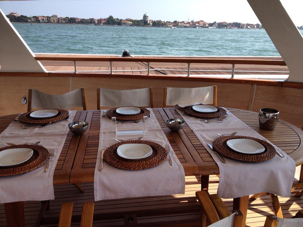 Hotel Yacht Bert Venezia Venise