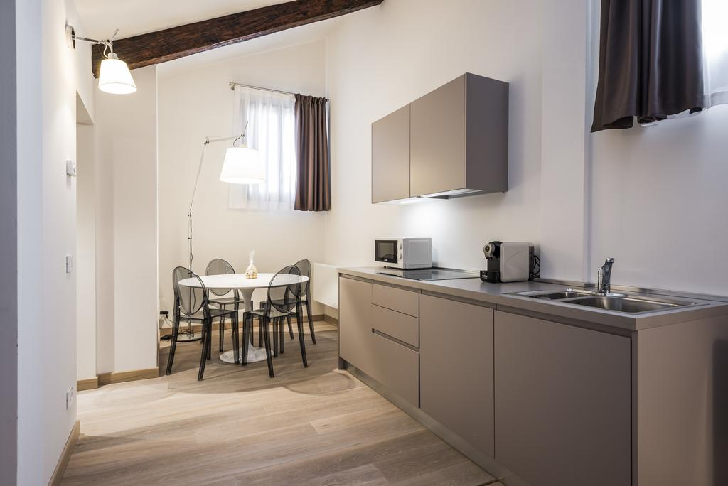 Hotel MyPlace Campo Santa Margherita Apartments Venise