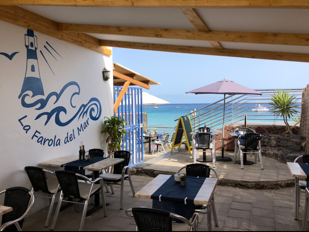 Restaurant https://www.tripadvisor.fr/Restaurant_Review-g562817-d2471086-Reviews-La_Farola_del_Mar-Morro_del_Jable_Pajara_Jandia_Peninsula_Fuerteventura_Canary_Is.html Fuerteventura